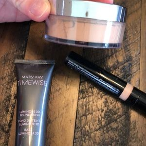 MaryKay Tester foundation combo